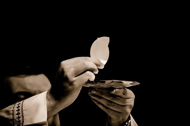 """""""I am the bread of life; whoever comes to me will never hunger, and whoever believes in me will never thirst."""""""